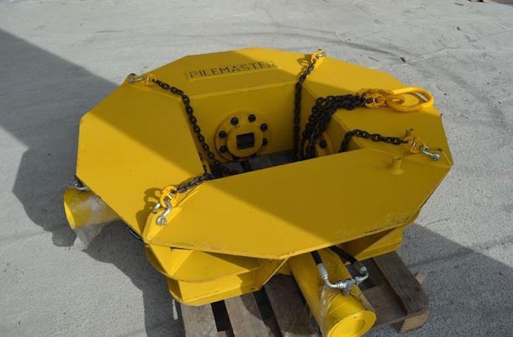 Оборудование Pilemaster для обрезки свай